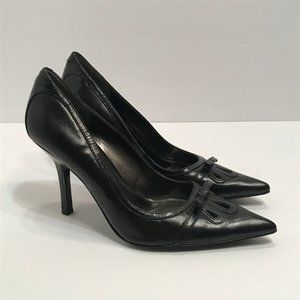 Bandolino Black Leather Pointy Toe Heels